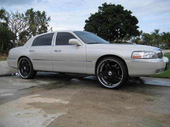 4point6bigbody 2004 Lincoln Town Car Specs Photos Modification