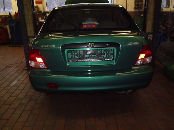 Another veitdrive 2002 Hyundai Accent post... - 10179361
