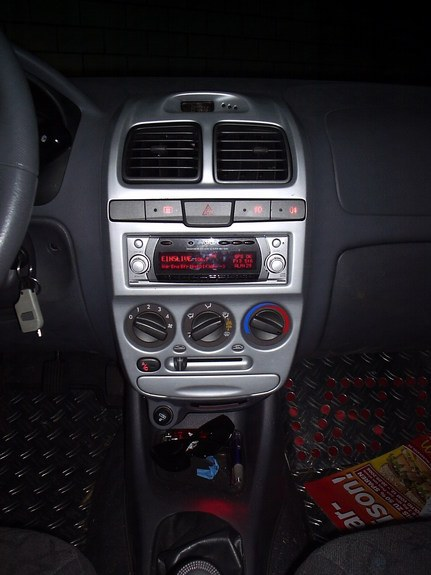 Another veitdrive 2002 Hyundai Accent post... - 10179363