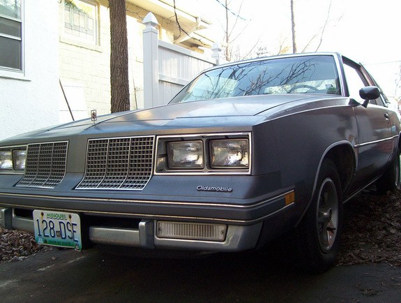 Another pattysmear 1985 Oldsmobile Cutlass Supreme post... - 10186230