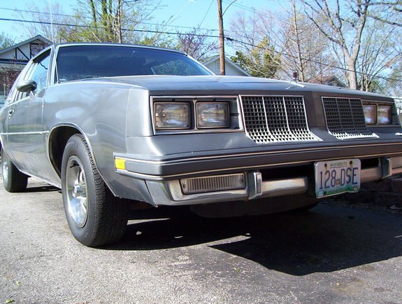 Another pattysmear 1985 Oldsmobile Cutlass Supreme post... - 10186237