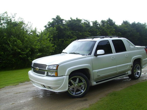 1999pgrandam 2005 chevrolet avalanche specs photos. Black Bedroom Furniture Sets. Home Design Ideas