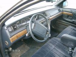 Lace13 1995 Ford Crown Victoria