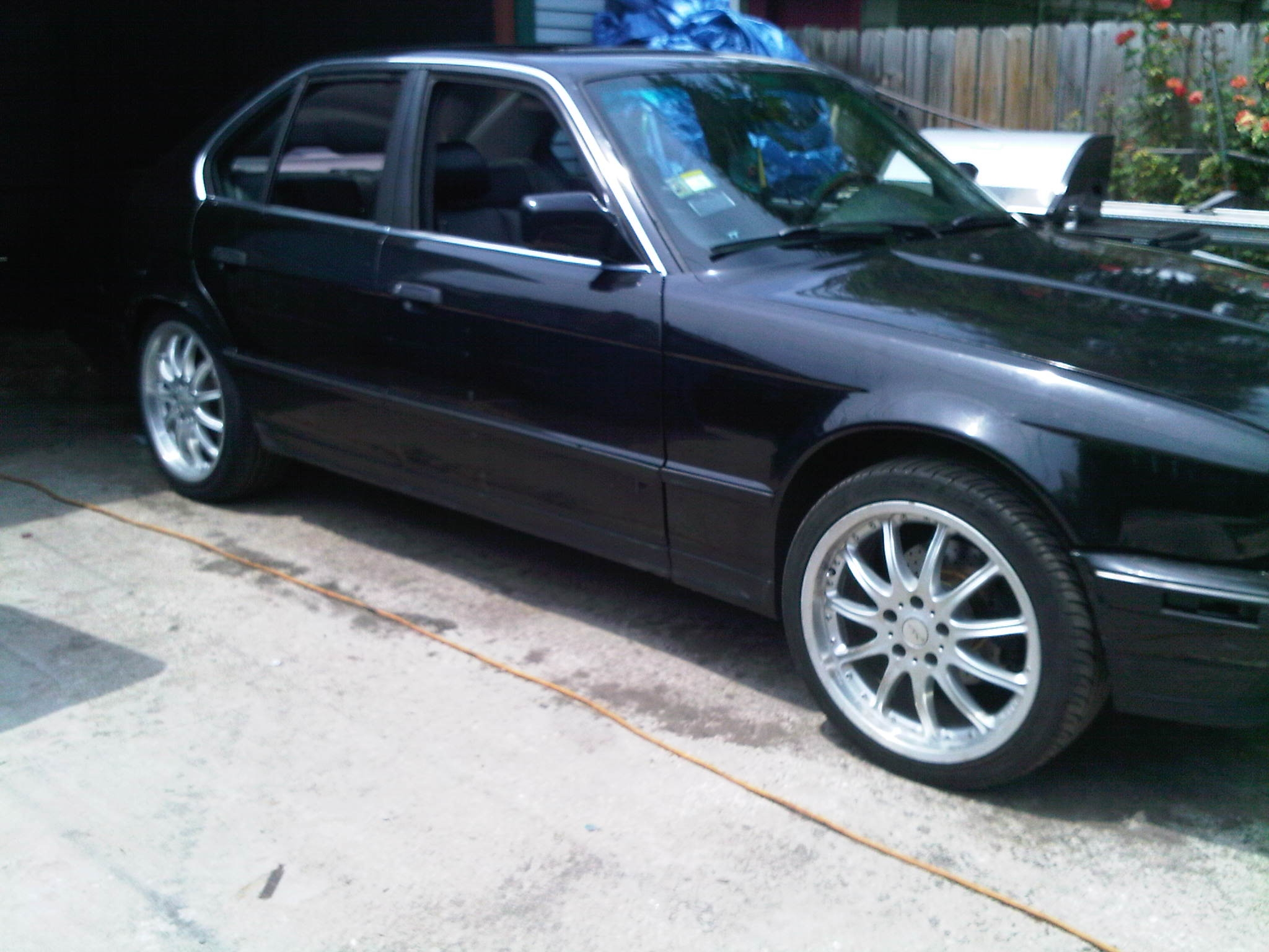 blk 5 in the chi 39 s 1992 bmw 5 series in chicago il. Black Bedroom Furniture Sets. Home Design Ideas