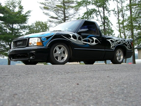 96lowlow 1996 Chevrolet S10 Regular Cab Specs Photos