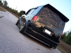 ray19811s 2005 Scion xB