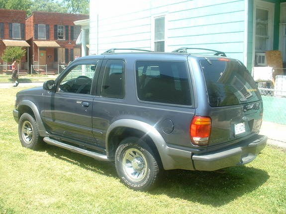 Another SpArTaNz_RuLe 1999 Ford Explorer Sport post... - 9198145