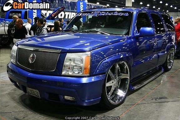 Large on 2002 Cadillac Escalade Custom