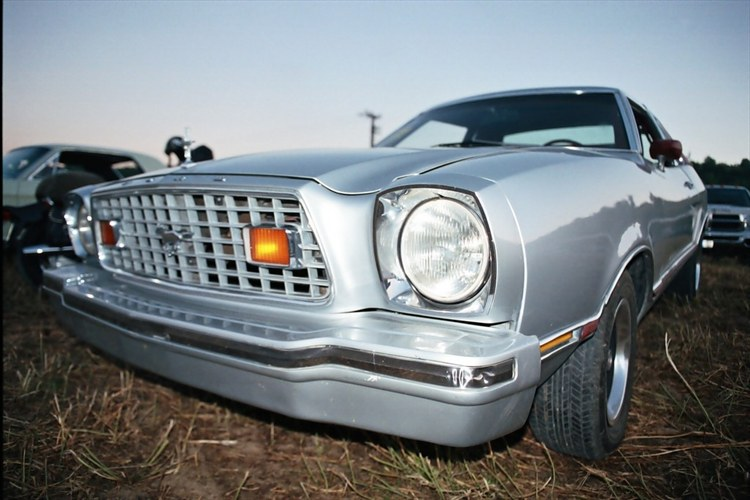 Another acchgeo 1976 Ford Mustang II post... - 9205905