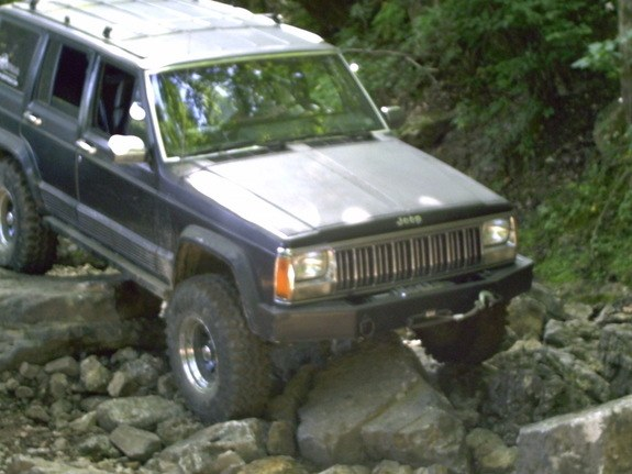 warrenxj 1988 Jeep Cherokee 10266653