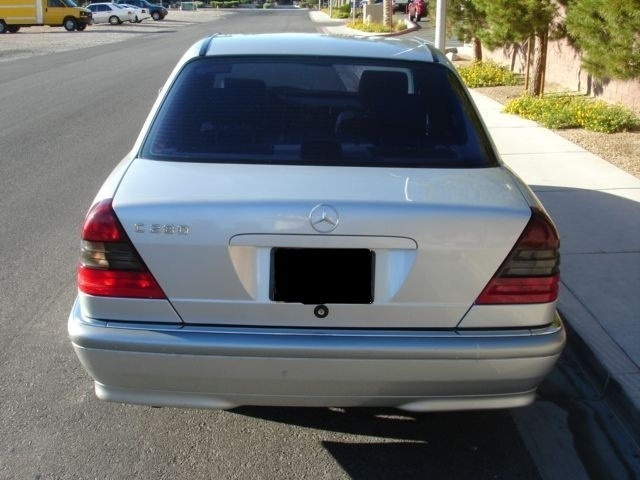 Another clariceave 1999 Mercedes-Benz C-Class post... - 14636370