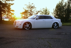 JEFFUMZs 2006 Chrysler 300