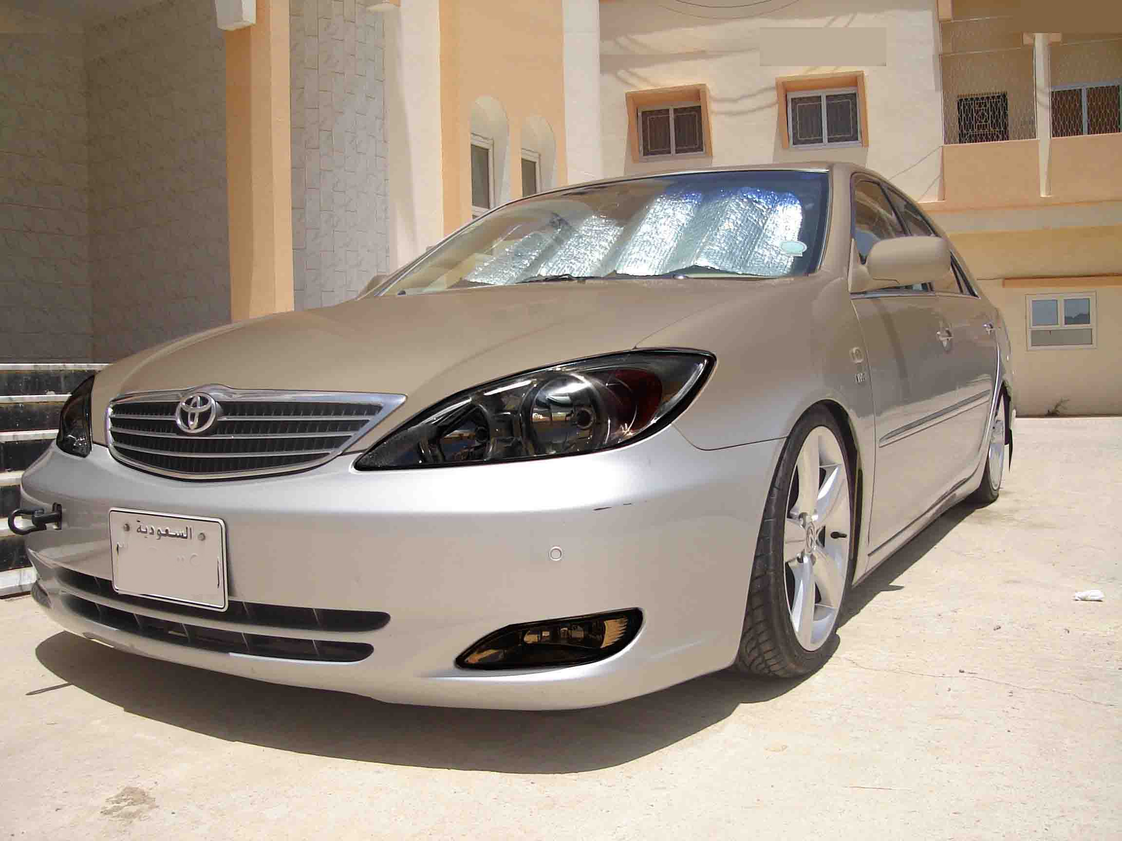 the speciallist 2004 toyota camryse sedan 4d specs photos. Black Bedroom Furniture Sets. Home Design Ideas