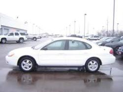 Moniquethedivas 2006 Ford Taurus