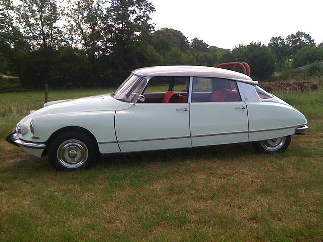 acoom's 1965 Citroen DS