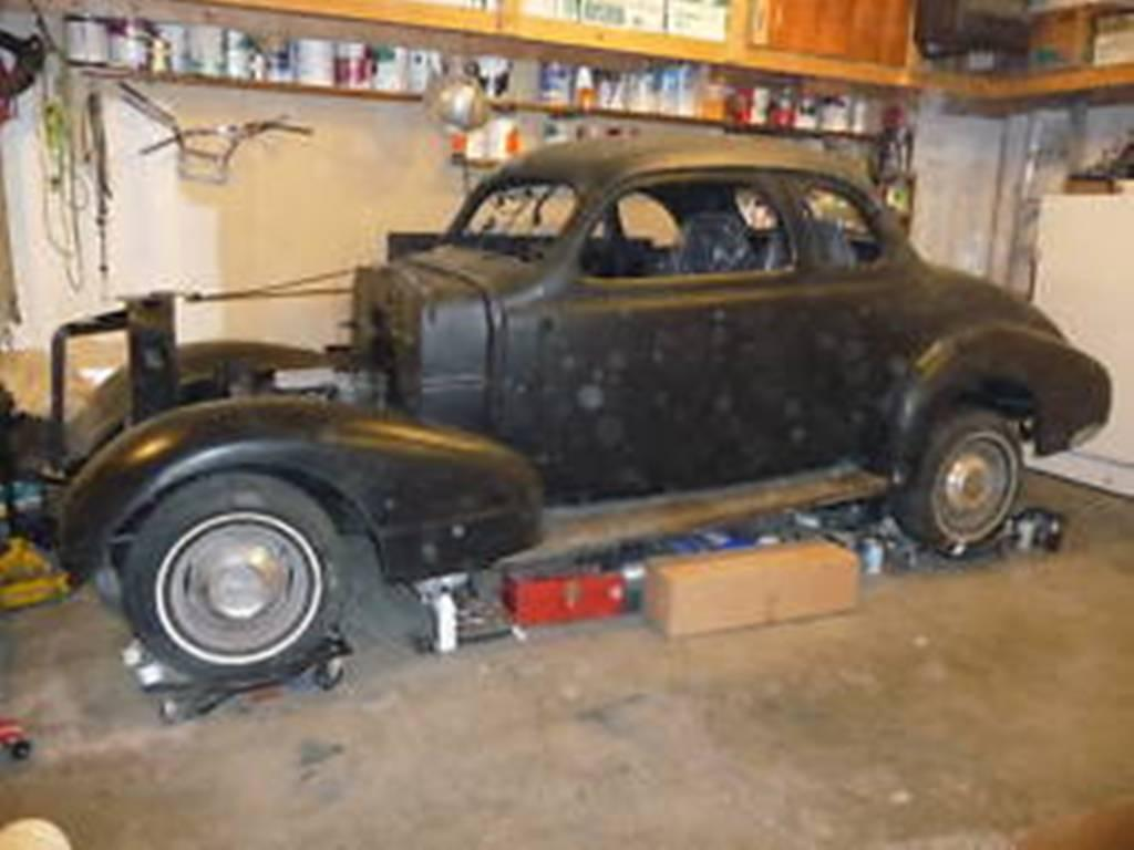 1938 Pontiac Business Coupe