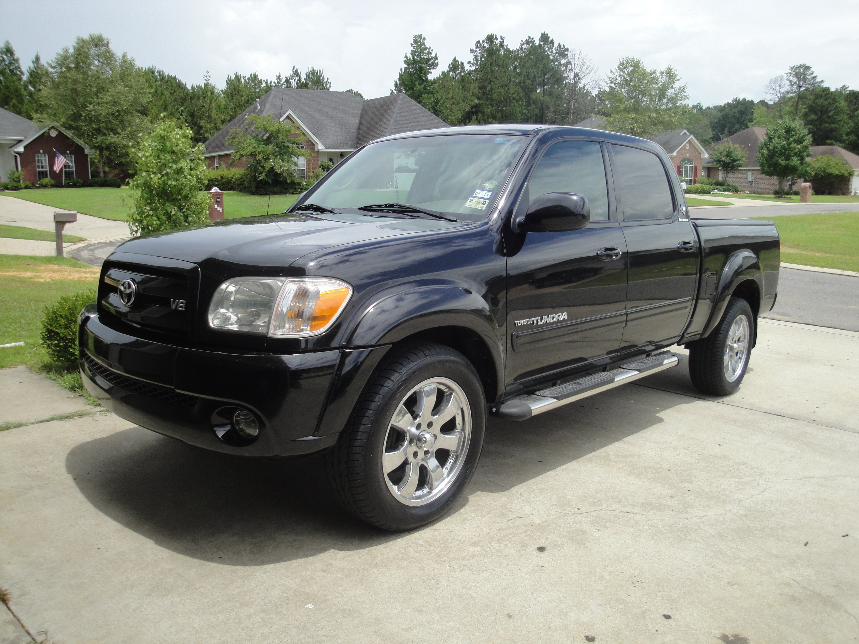 itzjhuzdooney 2005 toyota tundra double cablimited pickup. Black Bedroom Furniture Sets. Home Design Ideas