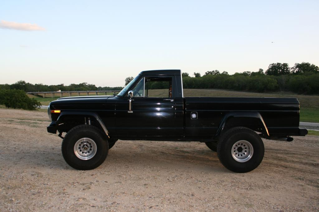 Another WATERBULLY 1982 Jeep J10 Honcho post... - 13866566