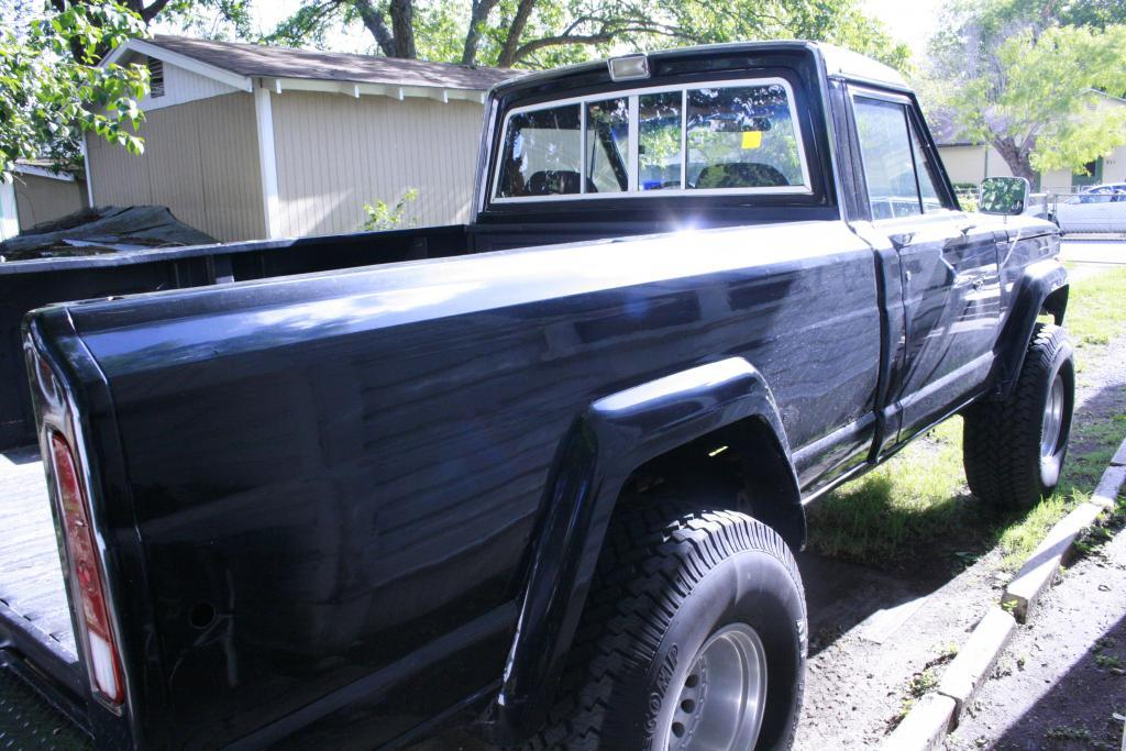 Another WATERBULLY 1982 Jeep J10 Honcho post... - 13866574