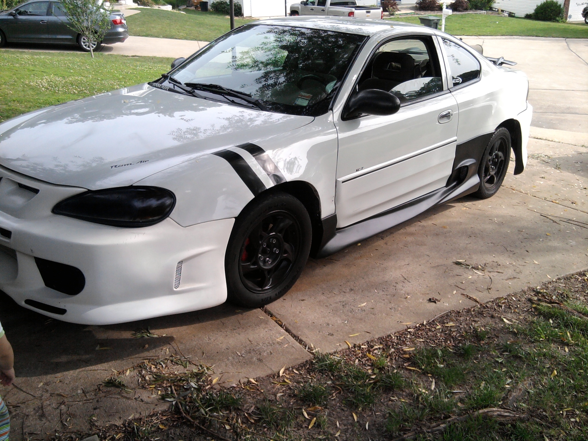 Wallsdarius64 2004 Pontiac Grand Am Specs Photos Modification Info