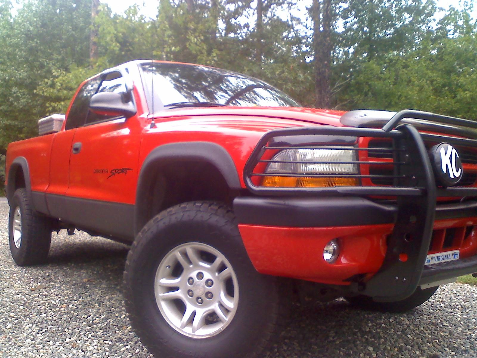 Original on 2001 Dodge Dakota Sport Lifted