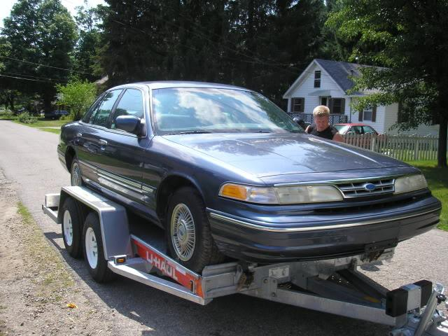 theredlineboss 1997 Ford Crown Victoria Specs Photos