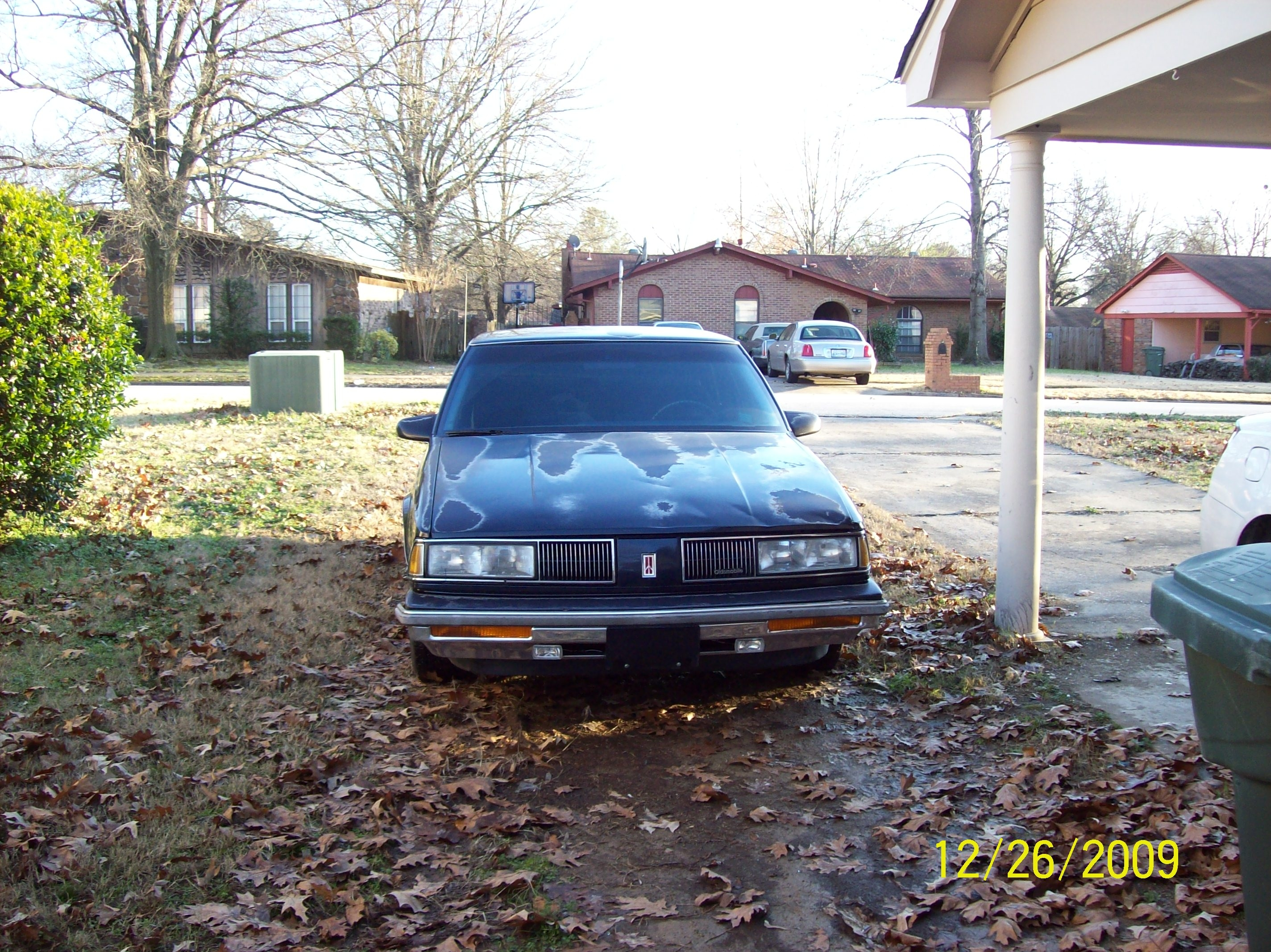 Another Blazer0n22s 1989 Oldsmobile 88 post... - 13880672