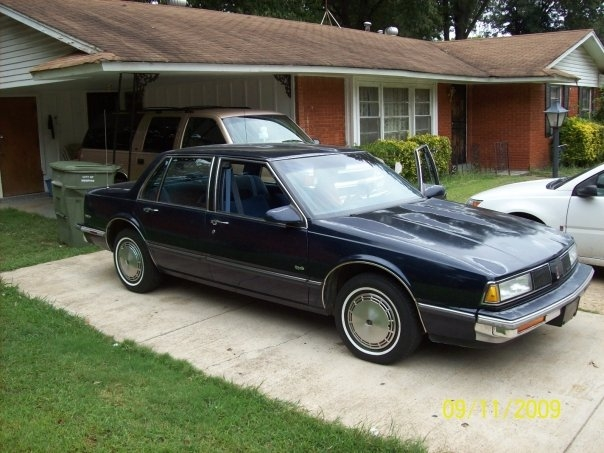 Another Blazer0n22s 1989 Oldsmobile 88 post... - 13880684