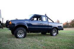 RVAE34s 1986 Nissan 720 Pick-Up
