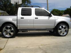 littlejames420s 2003 Nissan Frontier Regular Cab