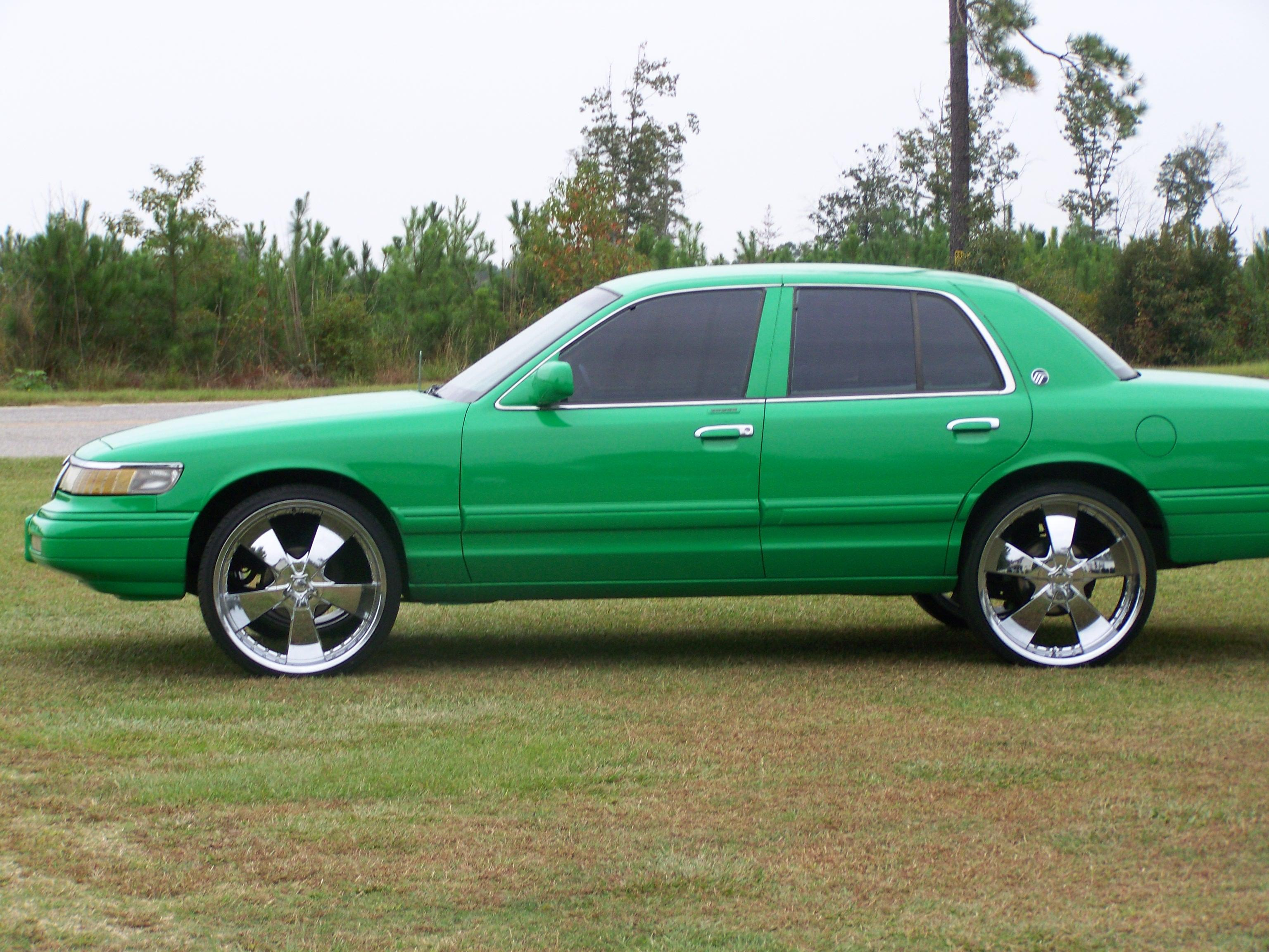 Another yung money 1994 Mercury Grand Marquis post... - 13895329