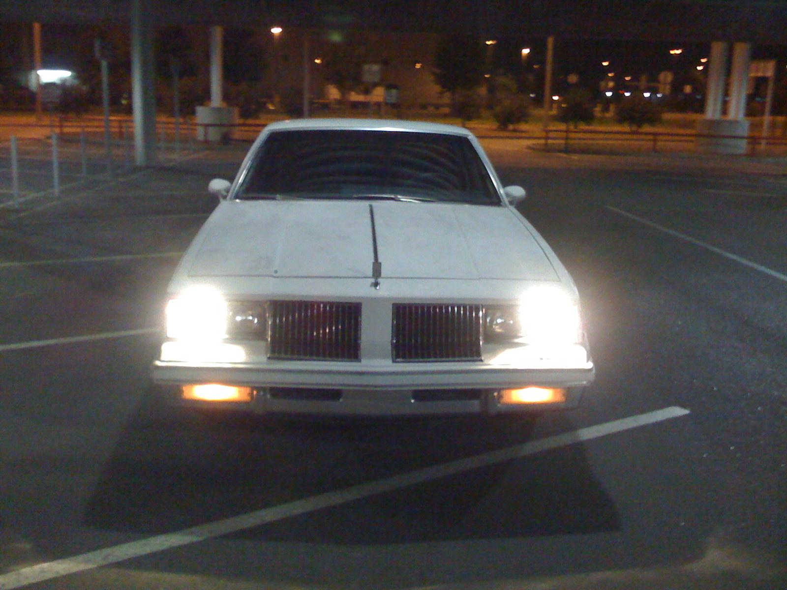 stackser 1983 Oldsmobile Cutlass 13895844
