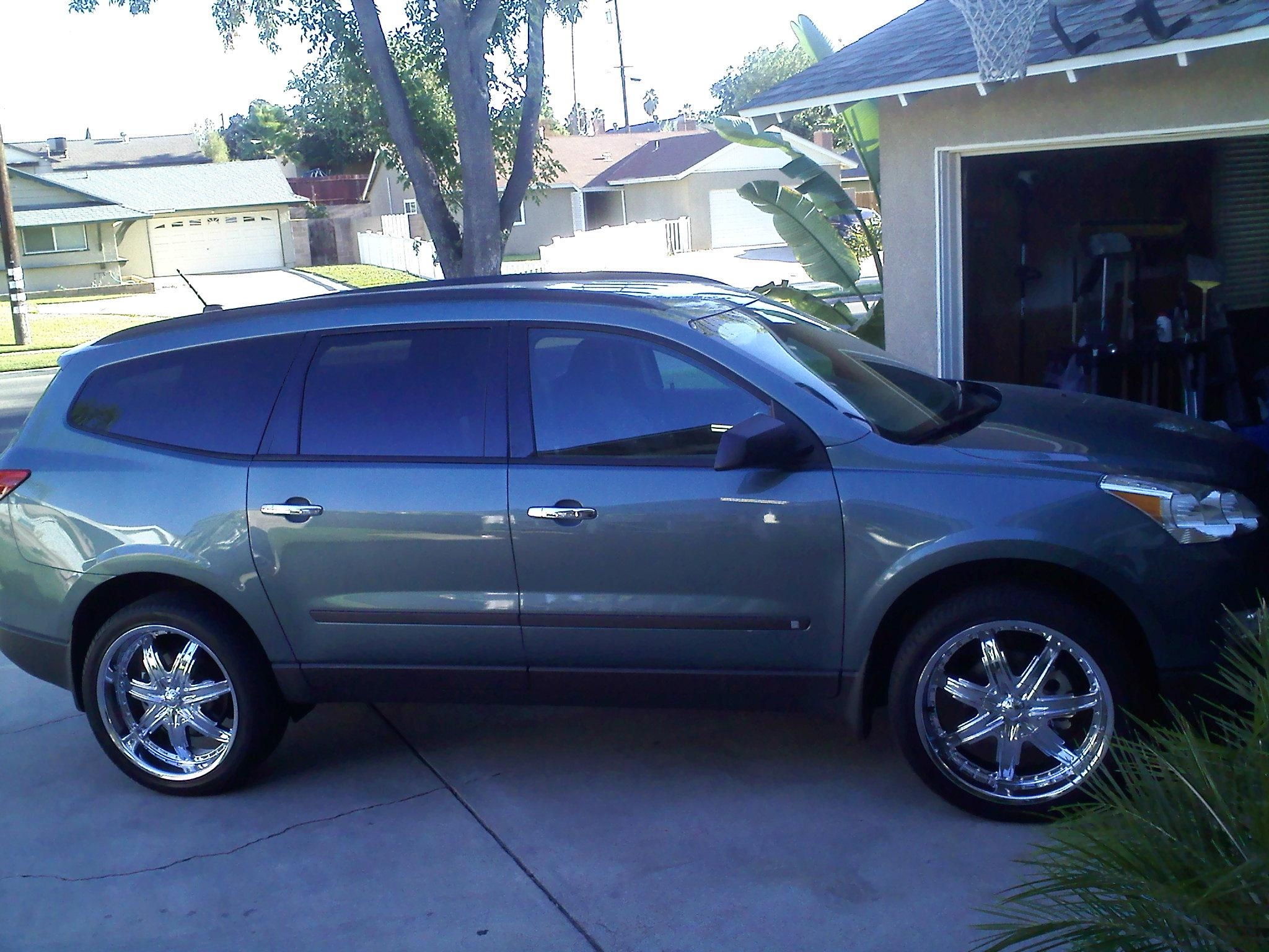 Another gporras_76 2009 Chevrolet Traverse post... - 13900811