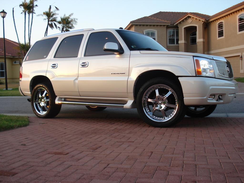 Another 1999sebringLXI 2005 Cadillac Escalade post... - 13905476
