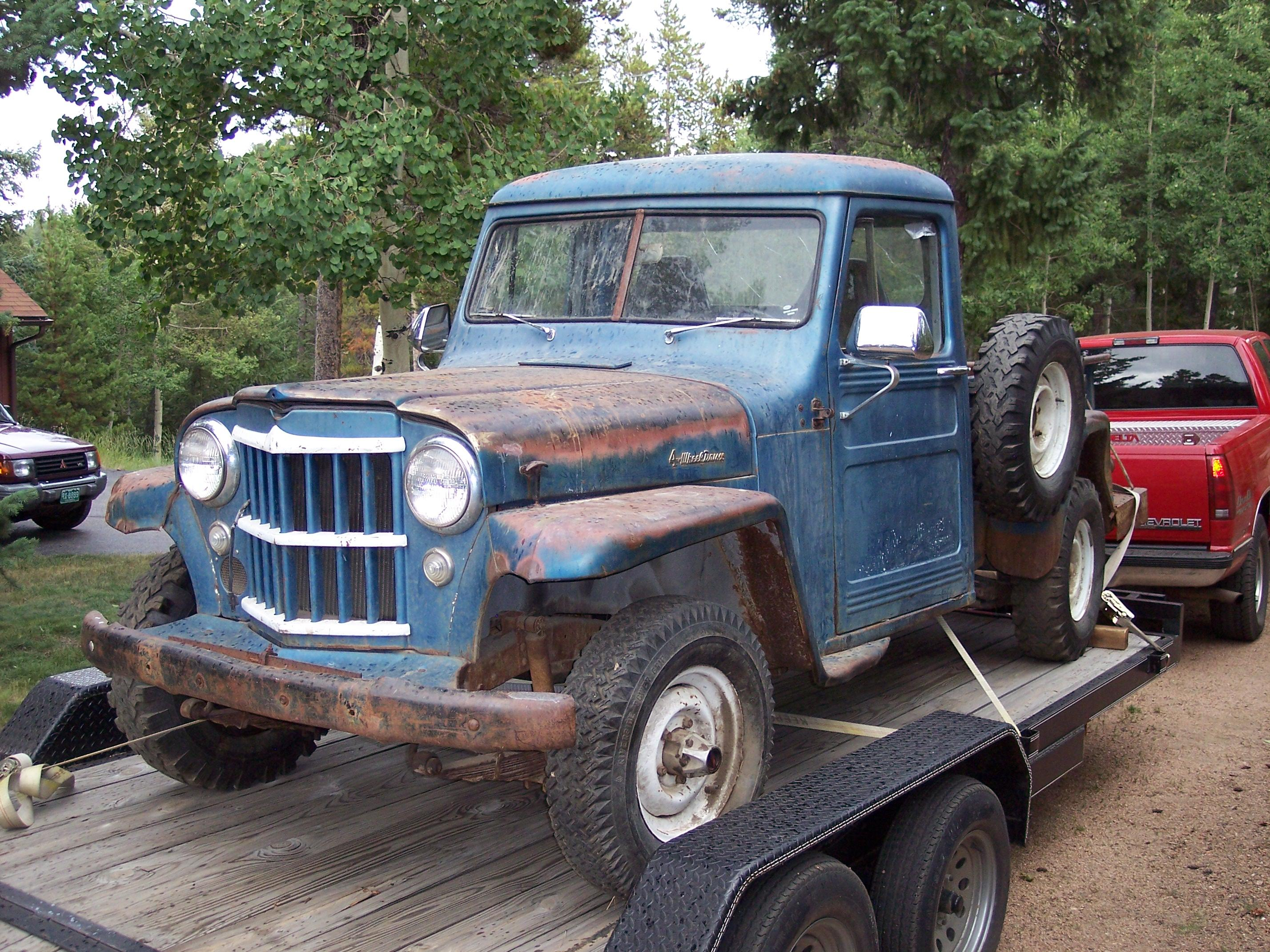Pivnic 1957 Willys Pickup