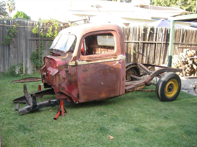 1939 Ford Rat Rod Pick-Up