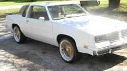 derozan cuttys 1986 Oldsmobile Cutlass Supreme