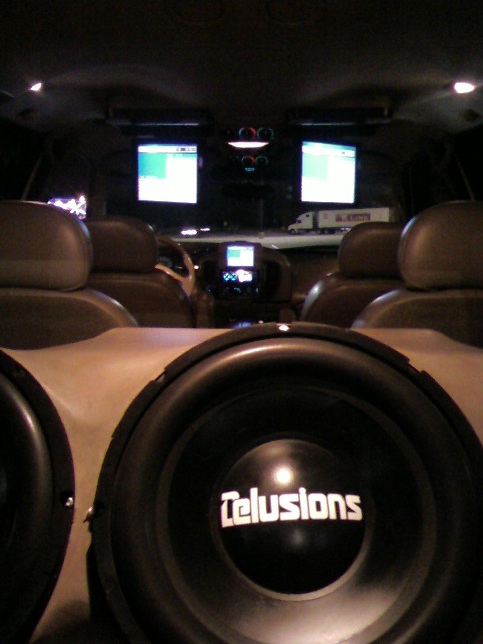 Another E-Lusions 2000 Lincoln Navigator post... - 13177433