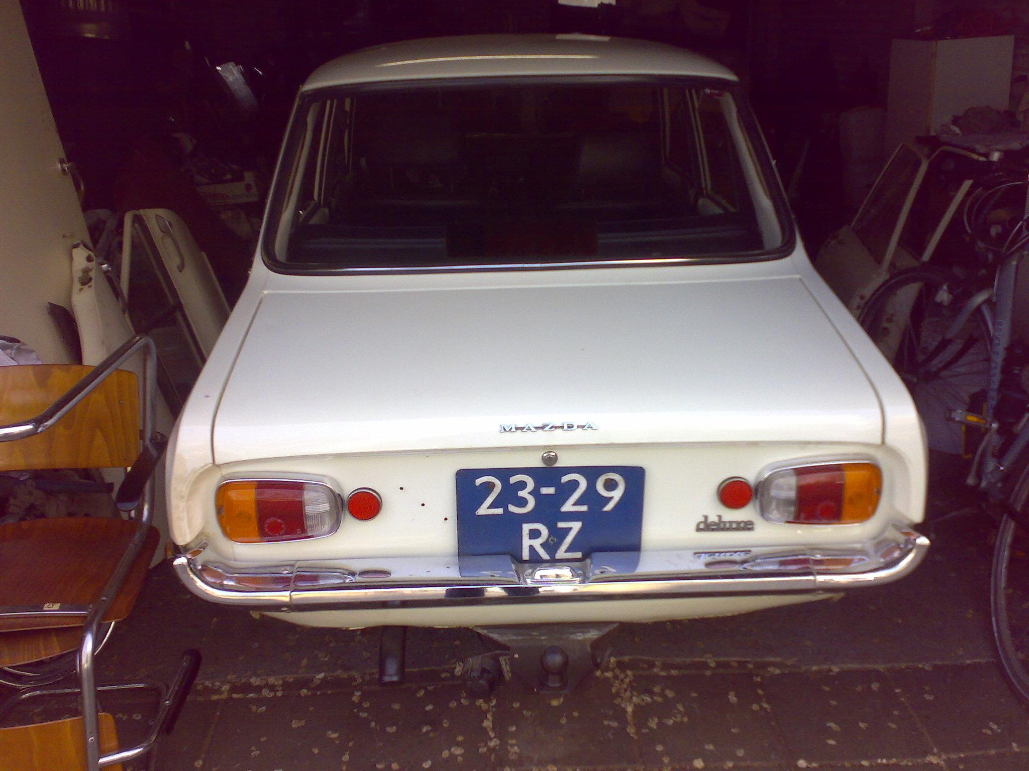Another wankelmaster 1970 Mazda 1300 post... - 13936641