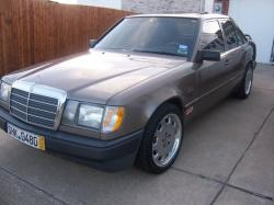 fdxservices 1988 Mercedes-Benz 300E