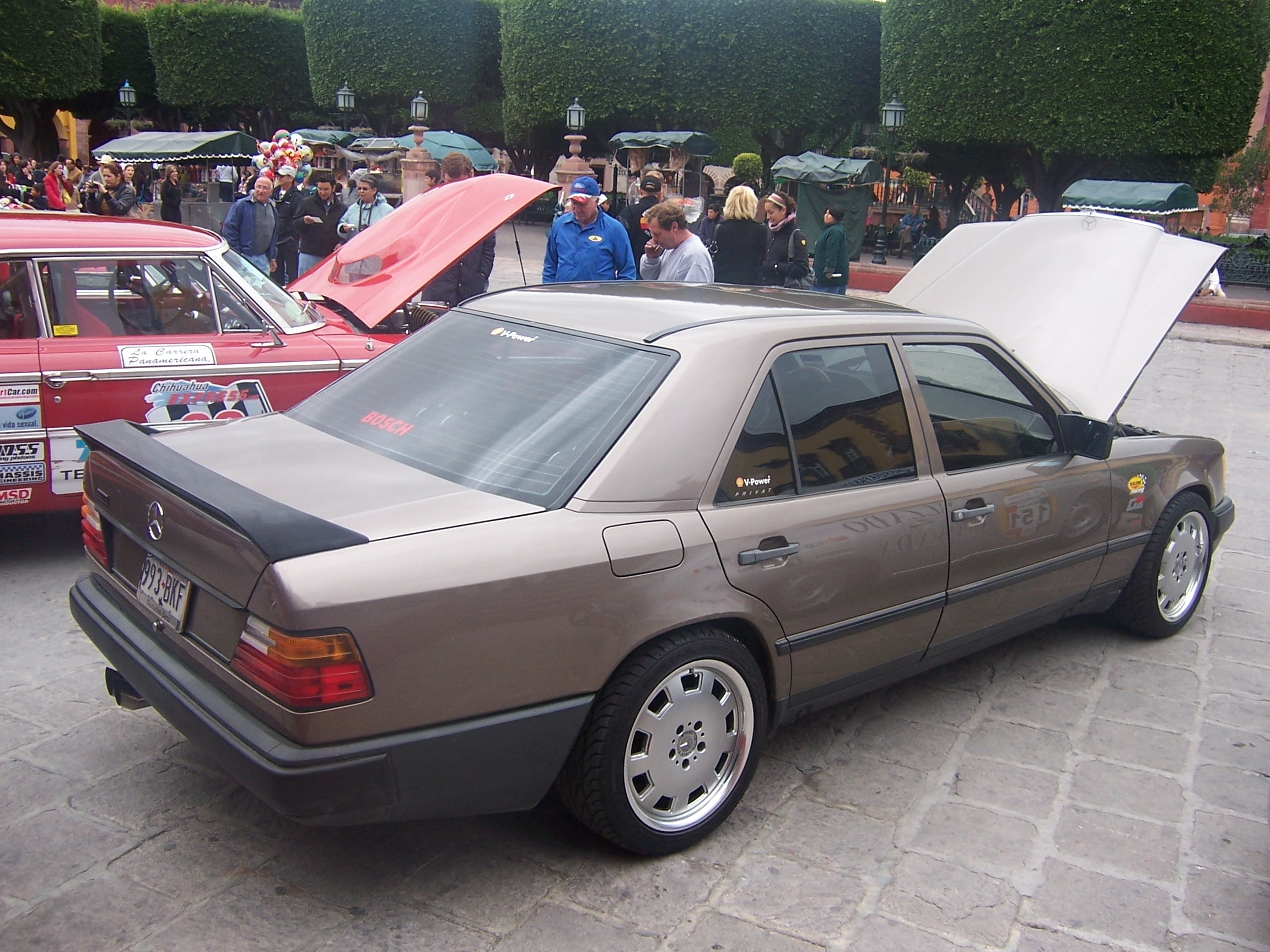 Another fdxservice 1988 Mercedes-Benz 300E post... - 13852696