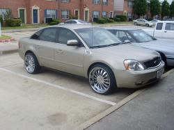 htfinests 2005 Ford Five Hundred
