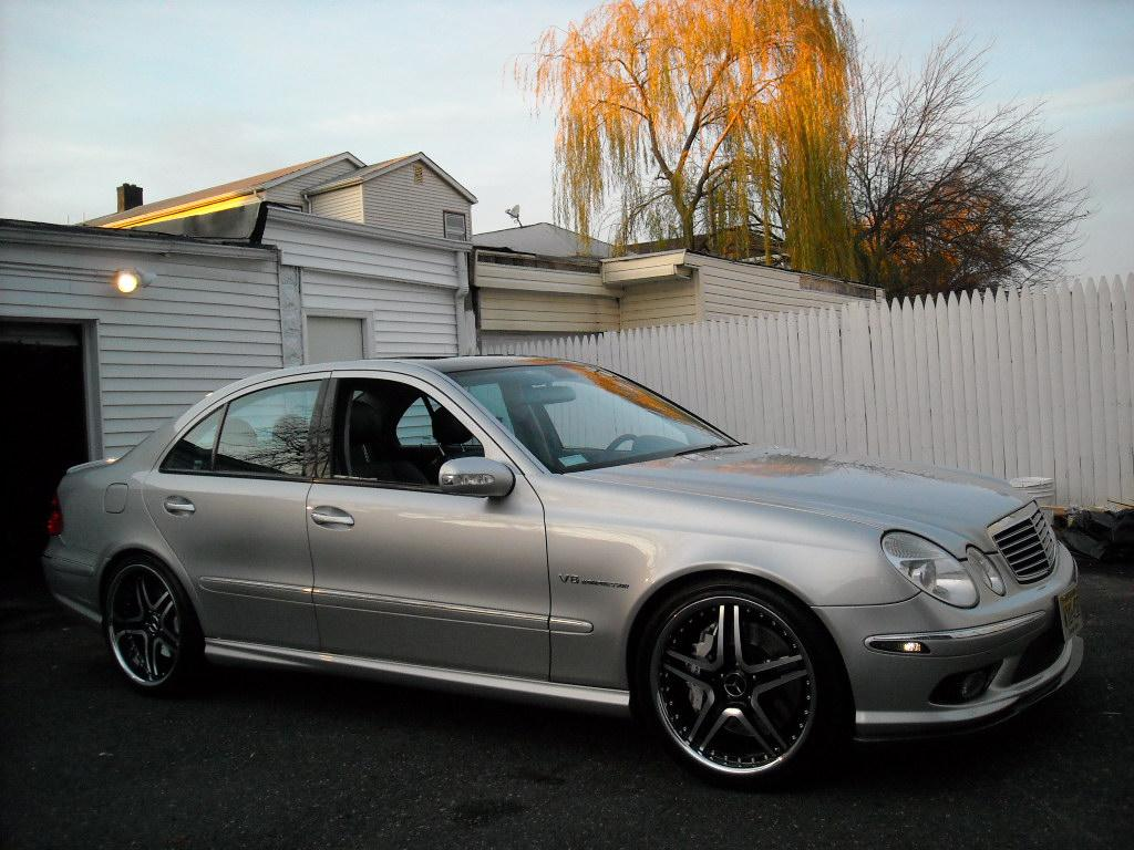 the beast 2004 mercedes benz e class specs photos modification info at cardomain. Black Bedroom Furniture Sets. Home Design Ideas