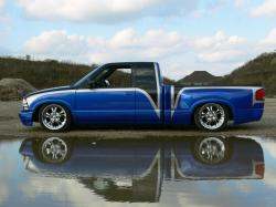Low Life Customss 2000 Chevrolet S10 Regular Cab