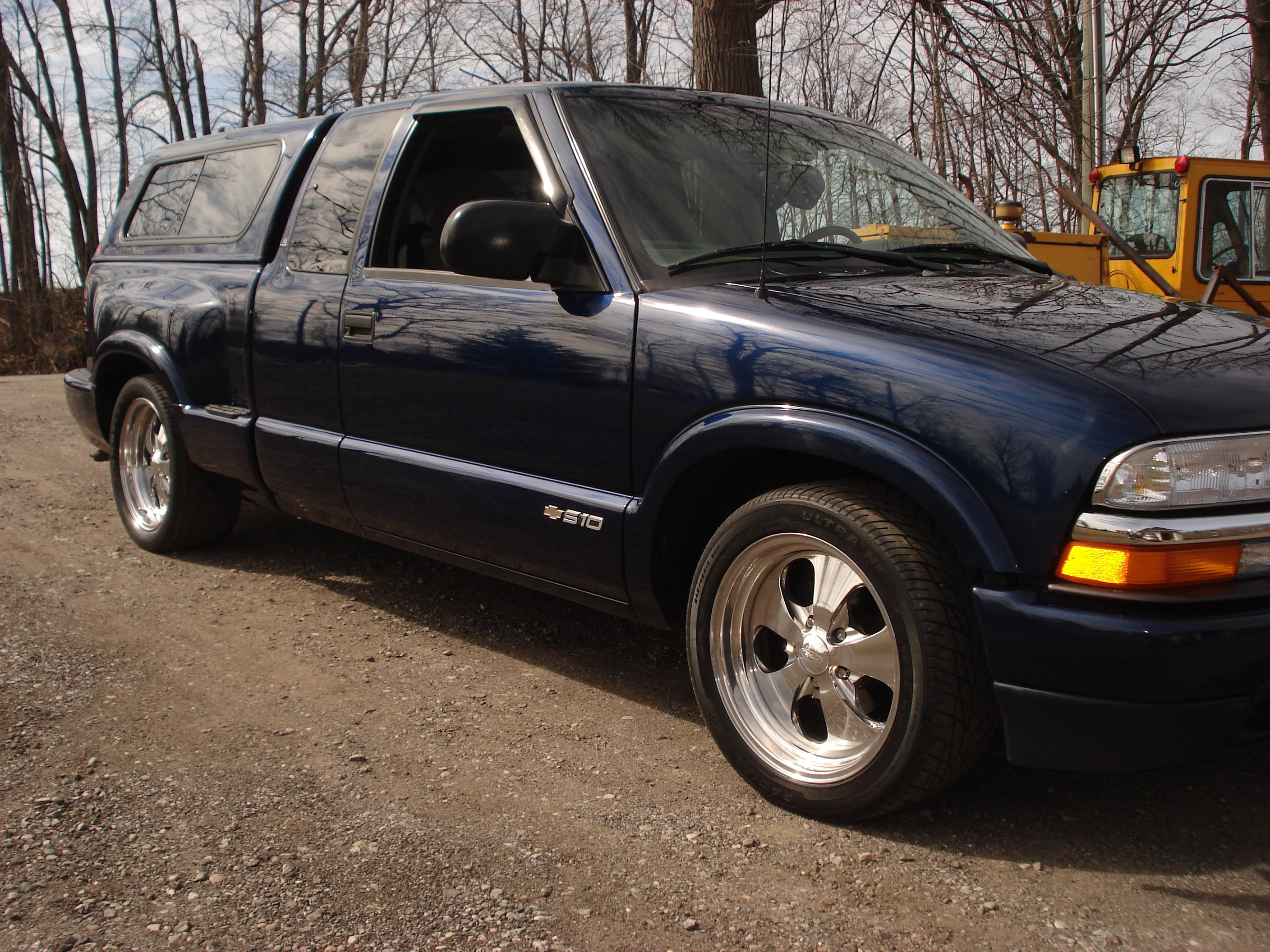 Low Life Customs 2000 Chevrolet S10 Regular Cab 13951076