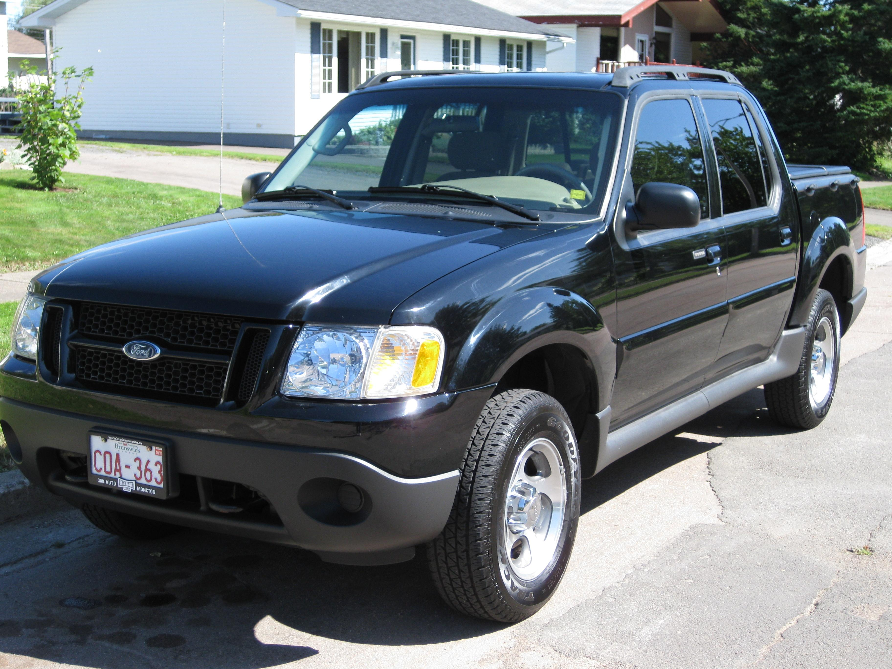 Ity 24 2005 Ford Explorer Sport Trac Specs  Photos
