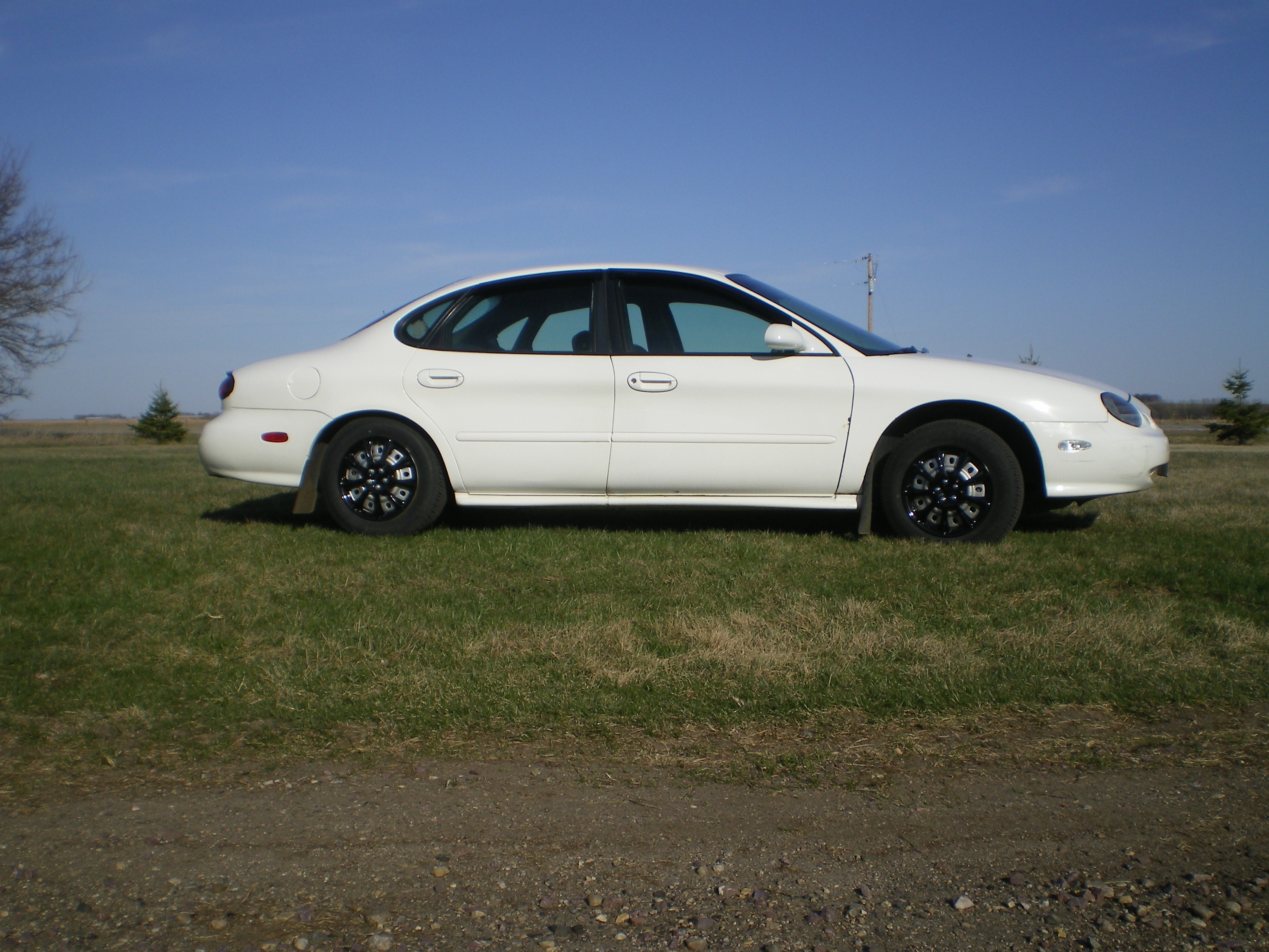 stettnichs 39 s 1998 ford taurus se sedan 4d in rock rapids ia. Black Bedroom Furniture Sets. Home Design Ideas