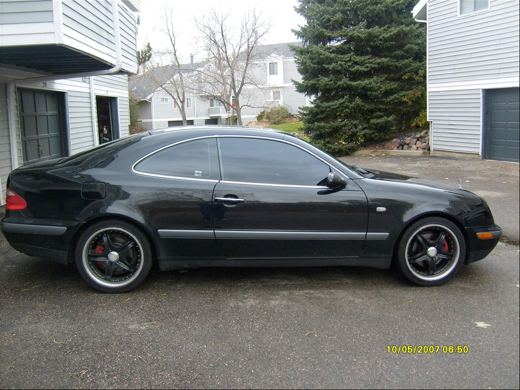 1999 Mercedes CLK 320 Review http://www.cardomain.com/ride/3810753/1999-mercedes-benz-clk-class/