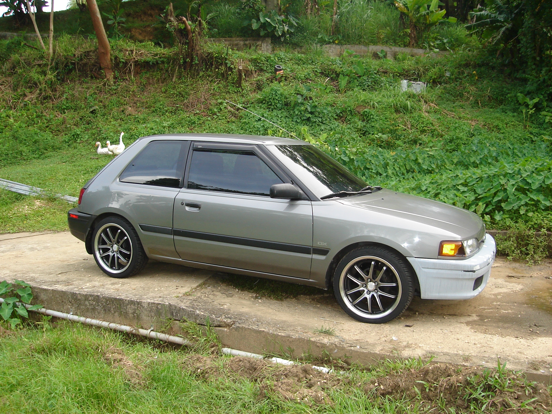 Another Don24seven 1994 Mazda 323 post... - 13961730