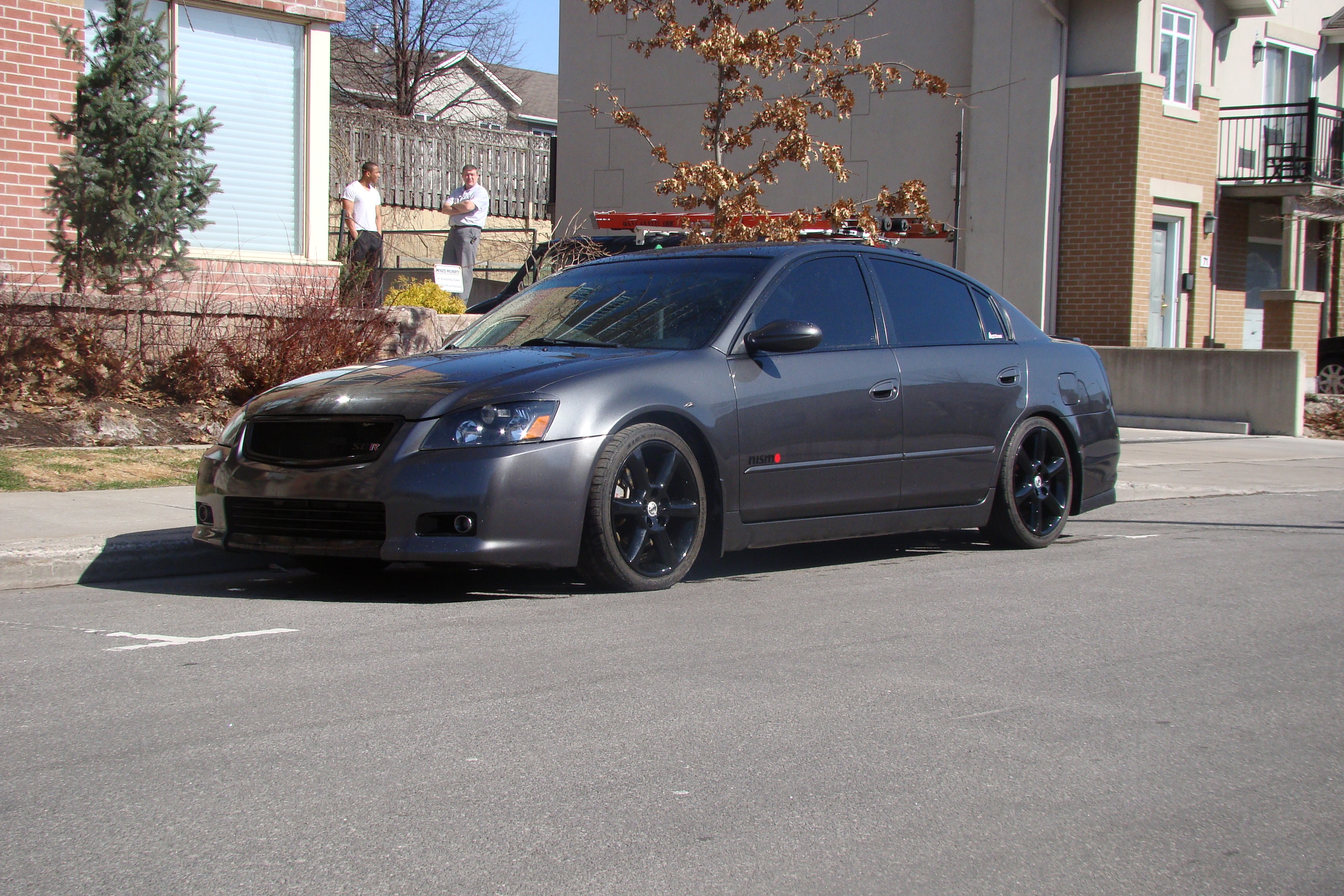 Charcoalmonster 39 s 2005 nissan altima 3 5 se r sedan 4d in ottawa on 2005 nissan altima custom interior